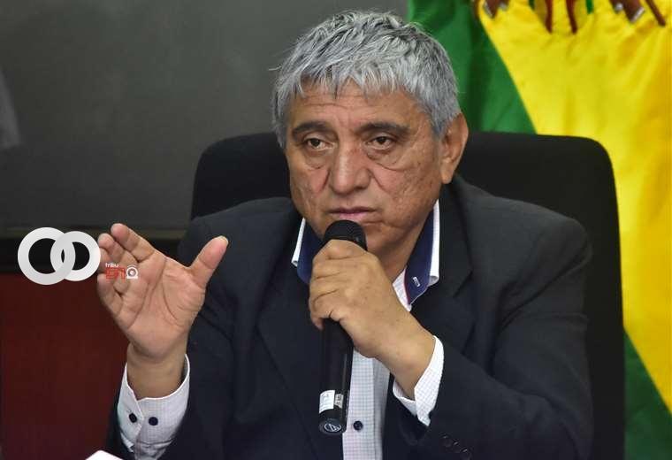 Ministro de Obras Públicas niega acusaciones en su contra y resalta trabajo de Entel y Boa