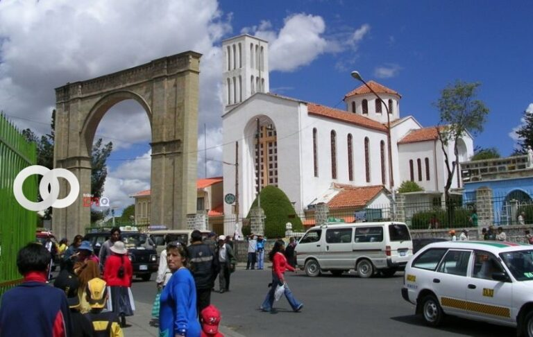 Cementerio General habilita seis puertas y tiempo de estadía en Todos Santos
