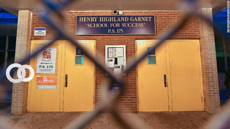 Vuelven a cerrar escuelas de Nueva York debido al rebrote de Covid-19