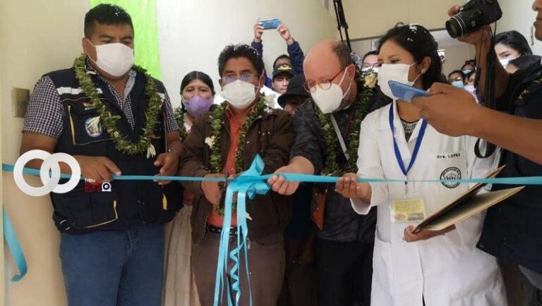 Gobernador de La Paz y  SEDES habilitan quirófano en hospital de Irupana