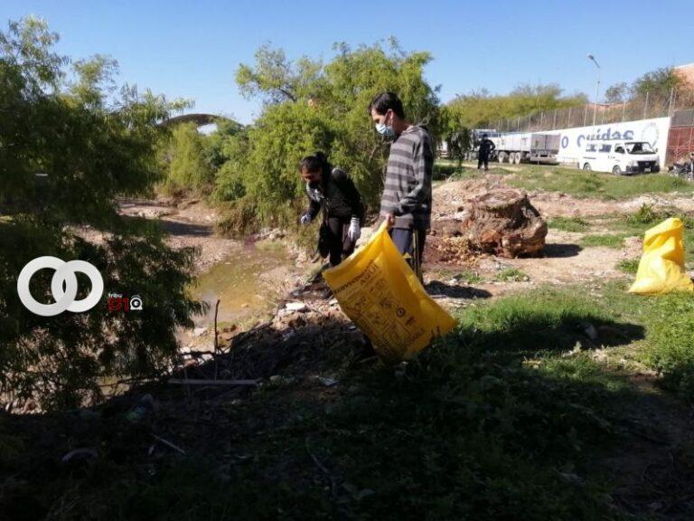 Realizan limpieza de la quebrada 'El Monte' en Tarija