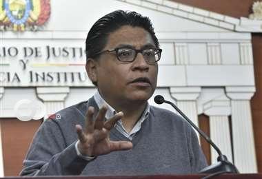 Ministro de Justicia declara que seguirán acciones penales por compras irregulares en gobierno de Áñez