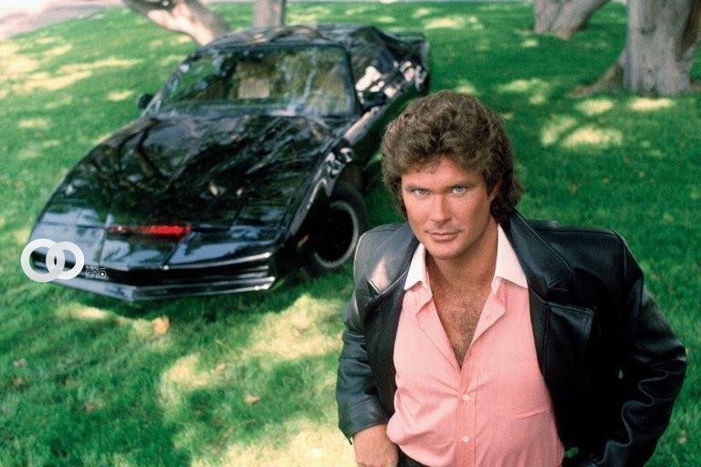 Subastan réplica de K.I.T.T, el «Auto Fantástico» popular serie de los 80's