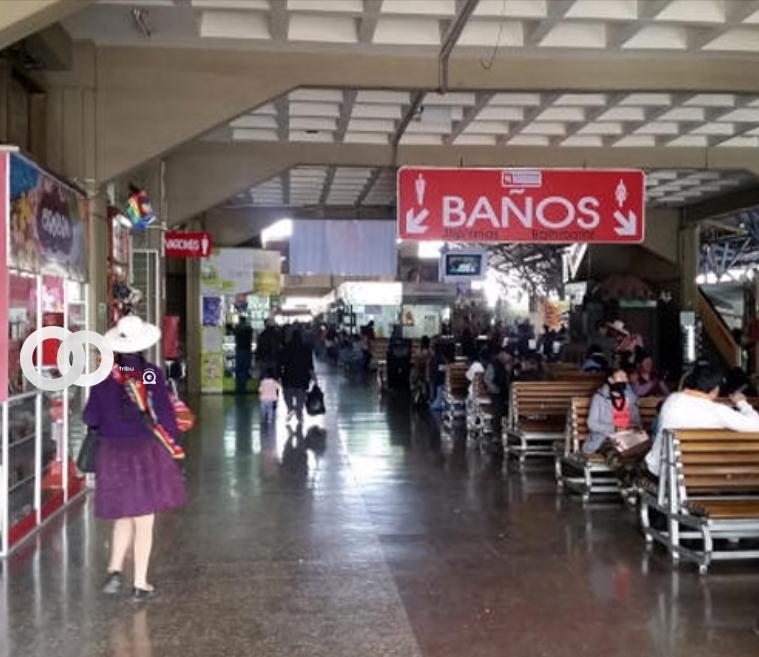 Cochabamba suspende salida de buses a Santa Cruz