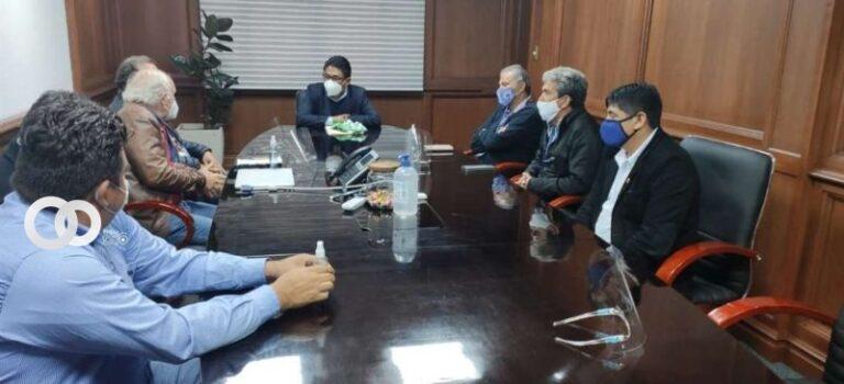 Representantes del gremio del fútbol informaron al Gobierno sobre hechos de corrupción en la federación