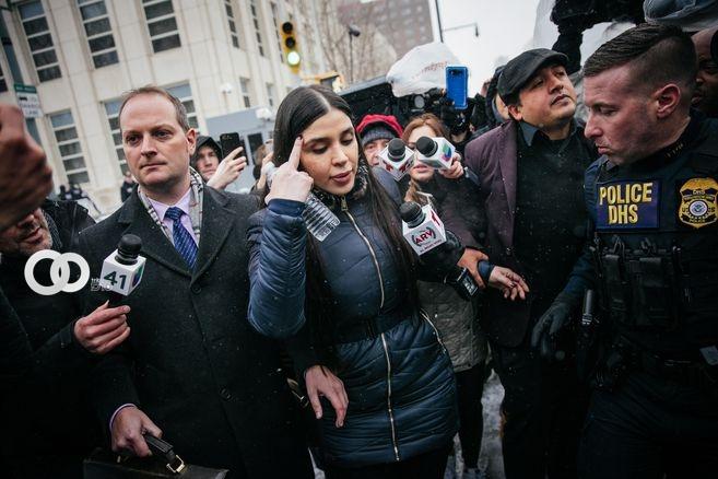 """Arrestan a la esposa de """"El Chapo"""" por sospecha de estar en red de narcotráfico"""