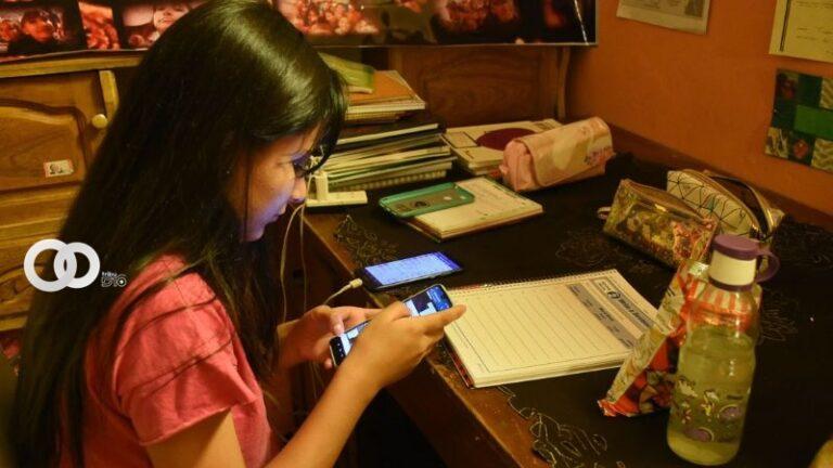 Alcaldía paceña habilita internet y computadoras para que colegiales puedan pasar clases
