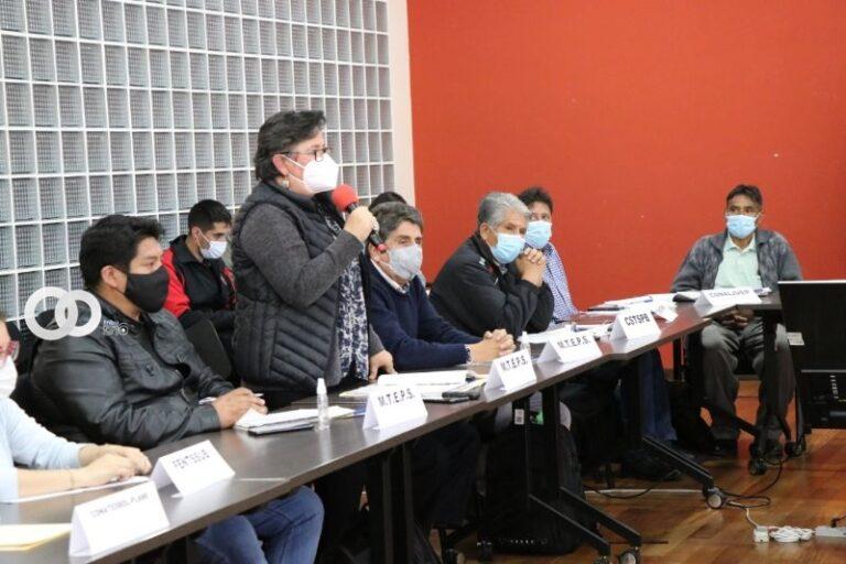 Ministra de Trabajo y FEDECOTRANS La Paz suscribieron acuerdo
