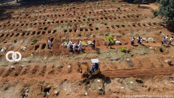 Brasil registra más de 2 mil muertes de Covid-19 en un día