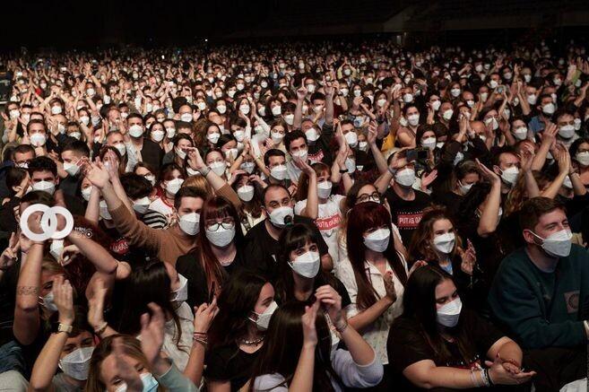 Descuentan hasta 80% en conciertos de EEUU para vacunados contra covid-19