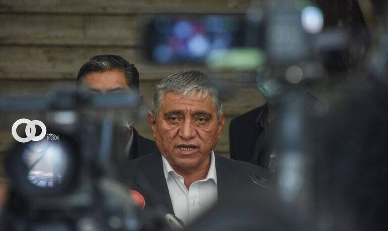 Arias señala que 150 funcionarios jerárquicos deben poner a disposición sus cargos