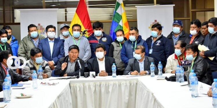 Ministerio de Obras Públicas y Transportistas Interdepartamentales llegan a un acuerdo