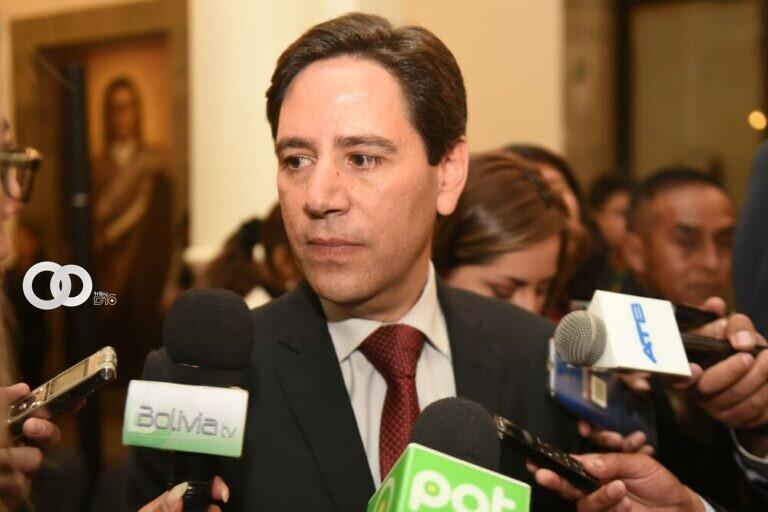 """Oposición califica de """"persecución política"""" el proceso en contra de Salvador Romero"""