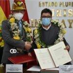 Ministro de Minería y China firmaron un acta de entrega de donación de volquetas para Bolivia
