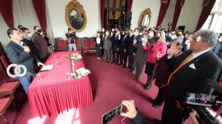 Alcalde Torres posesionó a nuevos secretarios del Municipio de Tarija