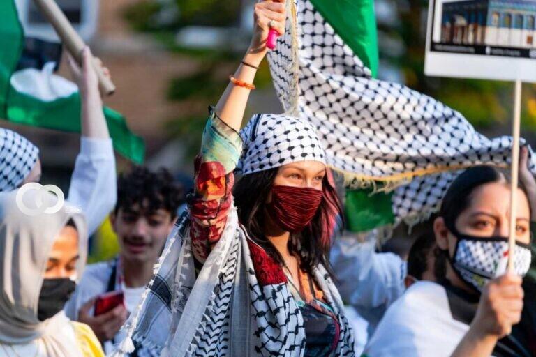 Bella Hadid en protesta apoyando a Palestina