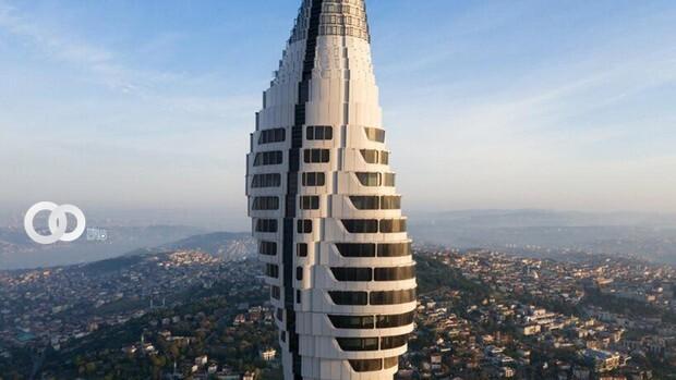 Nueva torre futurista cambia el paisaje en Estambul