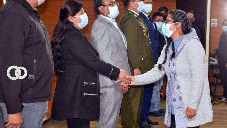 Posesión del gabinete de la alcaldesa de El Alto, Eva Copa. / Foto: Prensa GAMEA