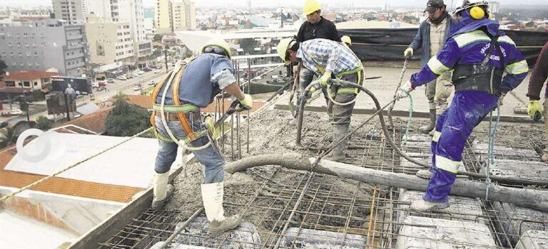 Más de 1.000 trabajadores del ámbito de la construcción adquirieron su seguro