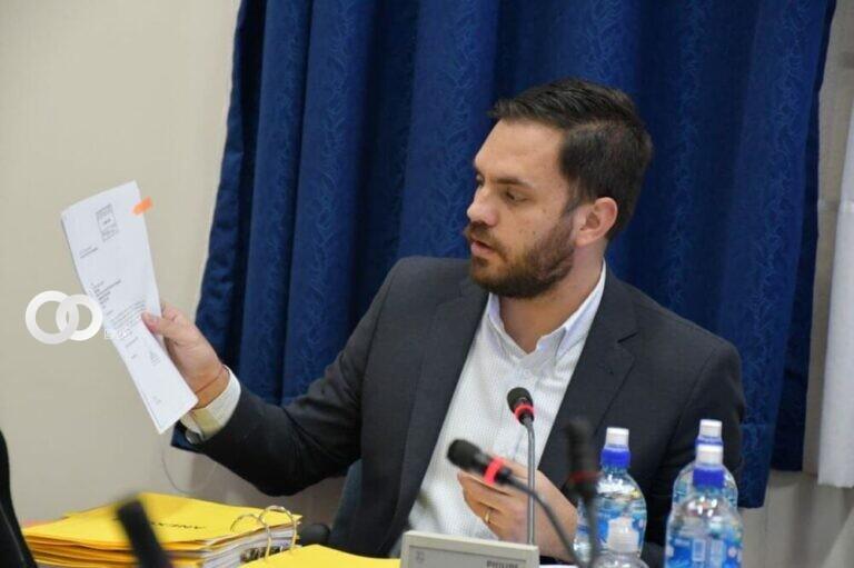 Del Castillo informó la transparencia de las políticas migratorias y la situación de extranjeros en el país