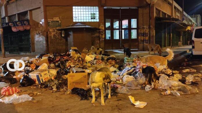 El mercado Bolívar es un foco de infección debido a la basura