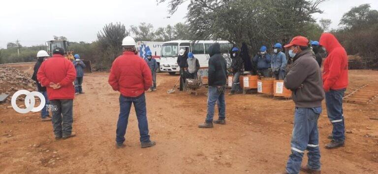 Construcctoras incumplen derechos laborales