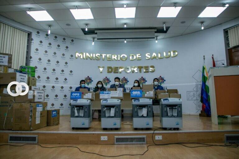 Gobierno entrega 40 concentradores de oxígeno e insumos a La Paz