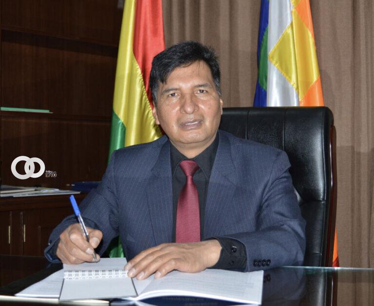Ministro de educación informó que no habrá retorno a clases presenciales
