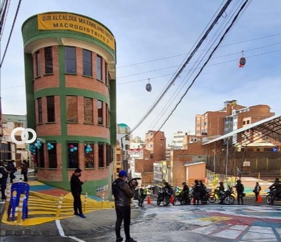 La Paz: Entregan parque infantil y módulo policial en zona Callampaya