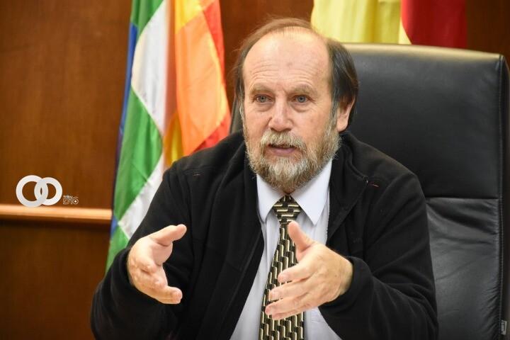 Citan al ex ministro Marcelo Navajas a declarar como testigo en caso de respiradores chinos