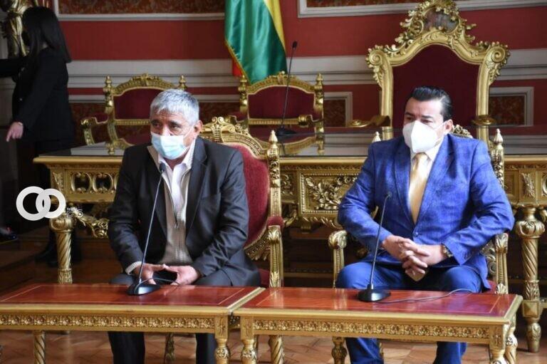Burgomaestre de La Paz y Santa Cruz acuerdan intercambiar información técnica para instalar planta de oxígeno
