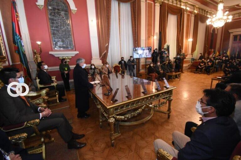 Conferencia del Alcalde Iván Arias