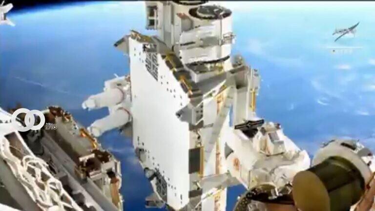 Captura de pantalla / Caminata espacial de astronautas