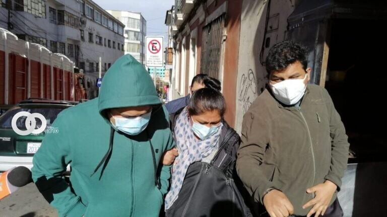 Sujeto acusado en el caso 'Confesionario UCB' es arrestado por infringir su detención domiciliaria