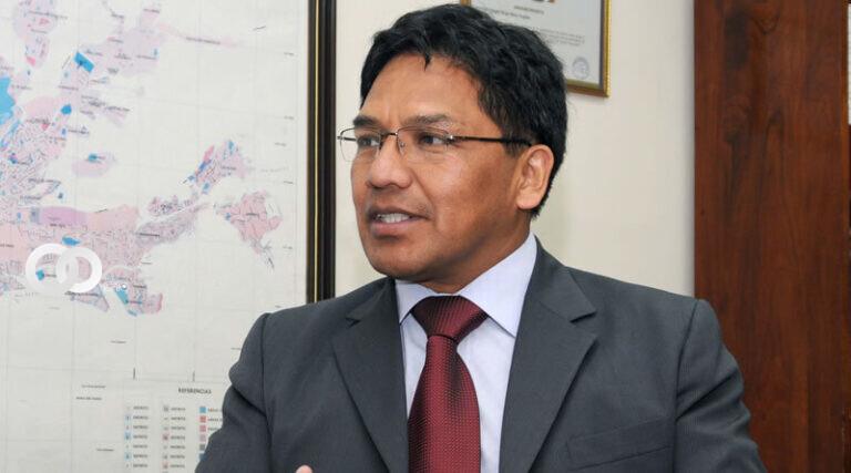 Silva aclara que el decreto supremo 4432 autoriza la compra directa de vacunas