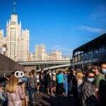 Vacunación de empleados en Moscú es obligatoria ante incremento de casos covid-19