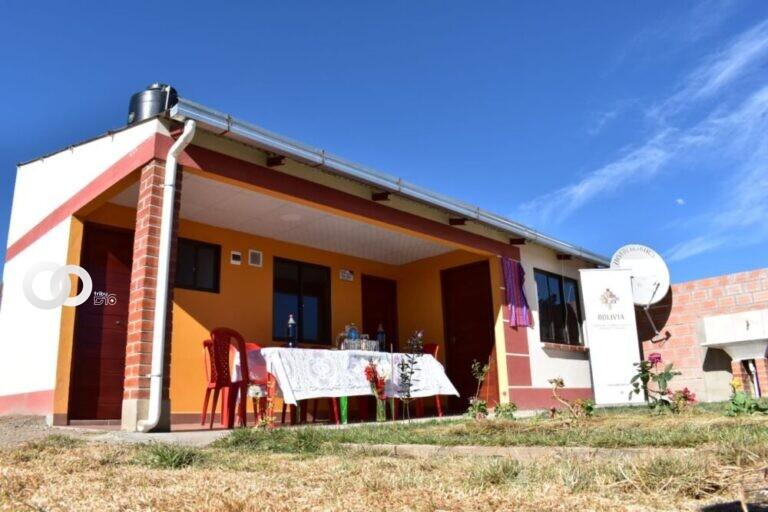 Más de 200 personas del distrito 11 se beneficiaron con viviendas sociales