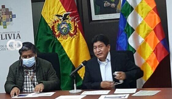 Ministro de Obras Públicas informa sobre la ejecución de Viviendas Sociales