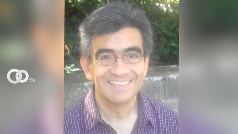 Columnnista Roberto Bravo