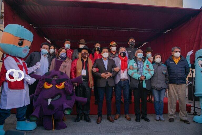 La jornada de vacunación masiva llevada en la ciudad de La Paz estuvo a cabeza del Ministerio de Salud