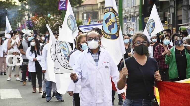 Colegio Médico de Cochabamba da un plazo de 48 horas para ser convocados a discusión de Ley 1359