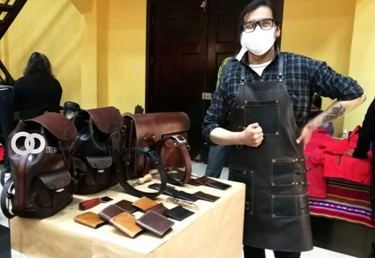 Microempresas compiten para obtener un cupo en la Expocruz