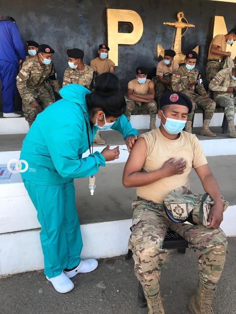 """Marineros del Batallón de Policía Militar Naval No. 2 """"Carcaje"""""""