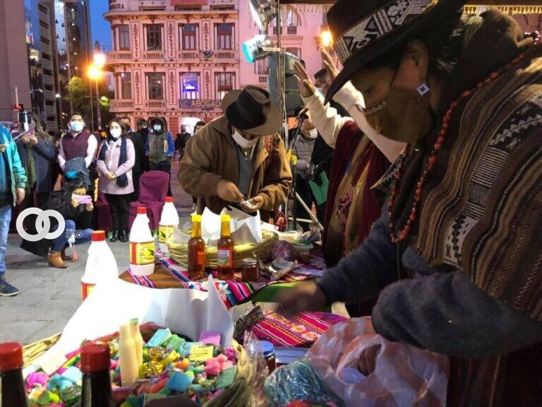 Secretaria Municipal de Culturas empieza el mes con una ofrenda a la Pachamama