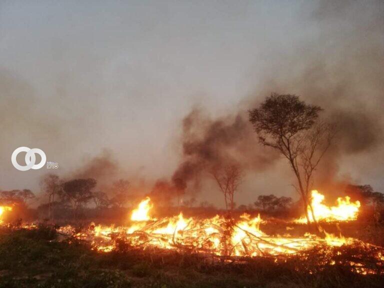 Santa Cruz: Los incendios disminuye, pero continúa el estado de alerta