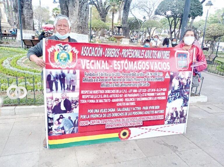 Organización Vecinal de adultos mayores inicia campaña de prótesis dentales gratuitas en Sucre