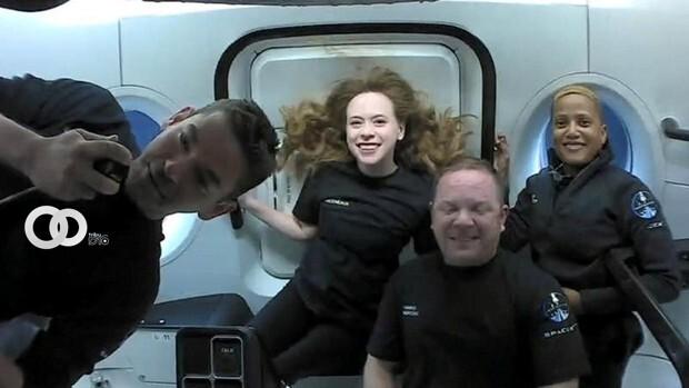 Primera misión orbital en la historia sin un astronauta profesional a bordo fue un éxito
