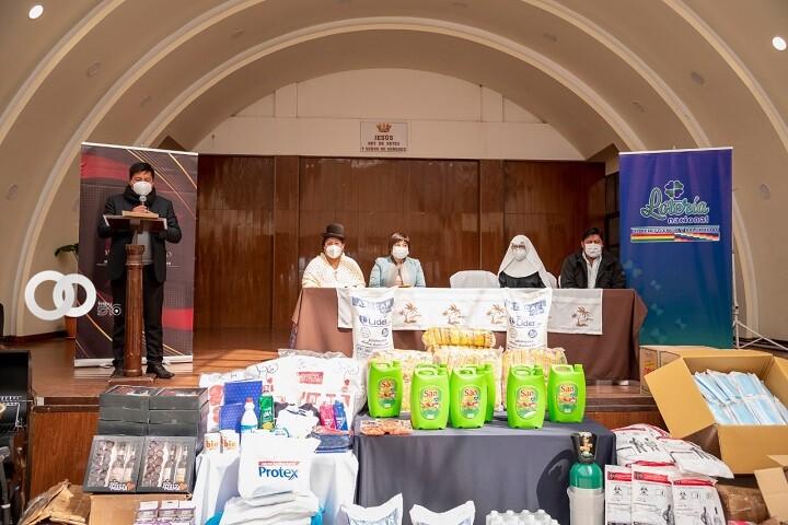 Hogar La Sagrada Familia de Oruro fue beneficiada con insumos médicos y víveres