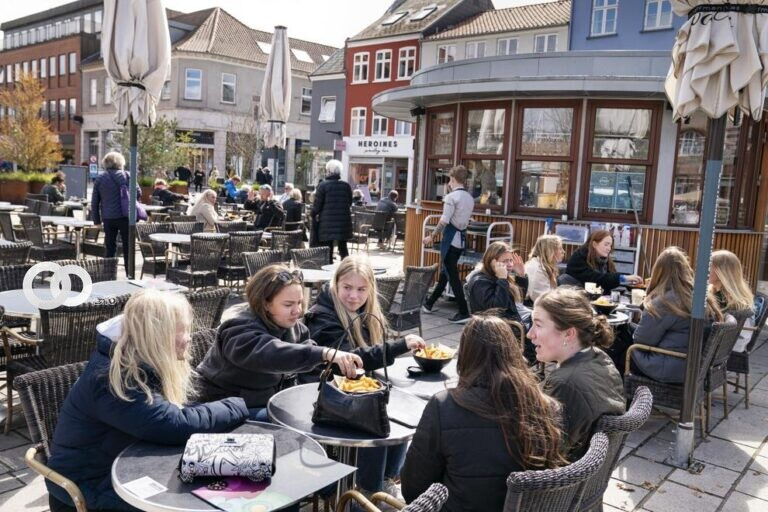 Dinamarca ya no considera al Covid-19 una enfermedad critica
