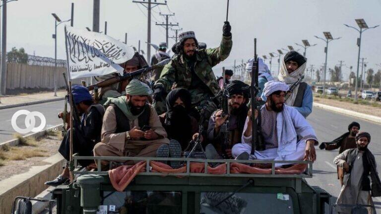 Gobierno Taliban segrega por sexos a los estudiantes universitarios